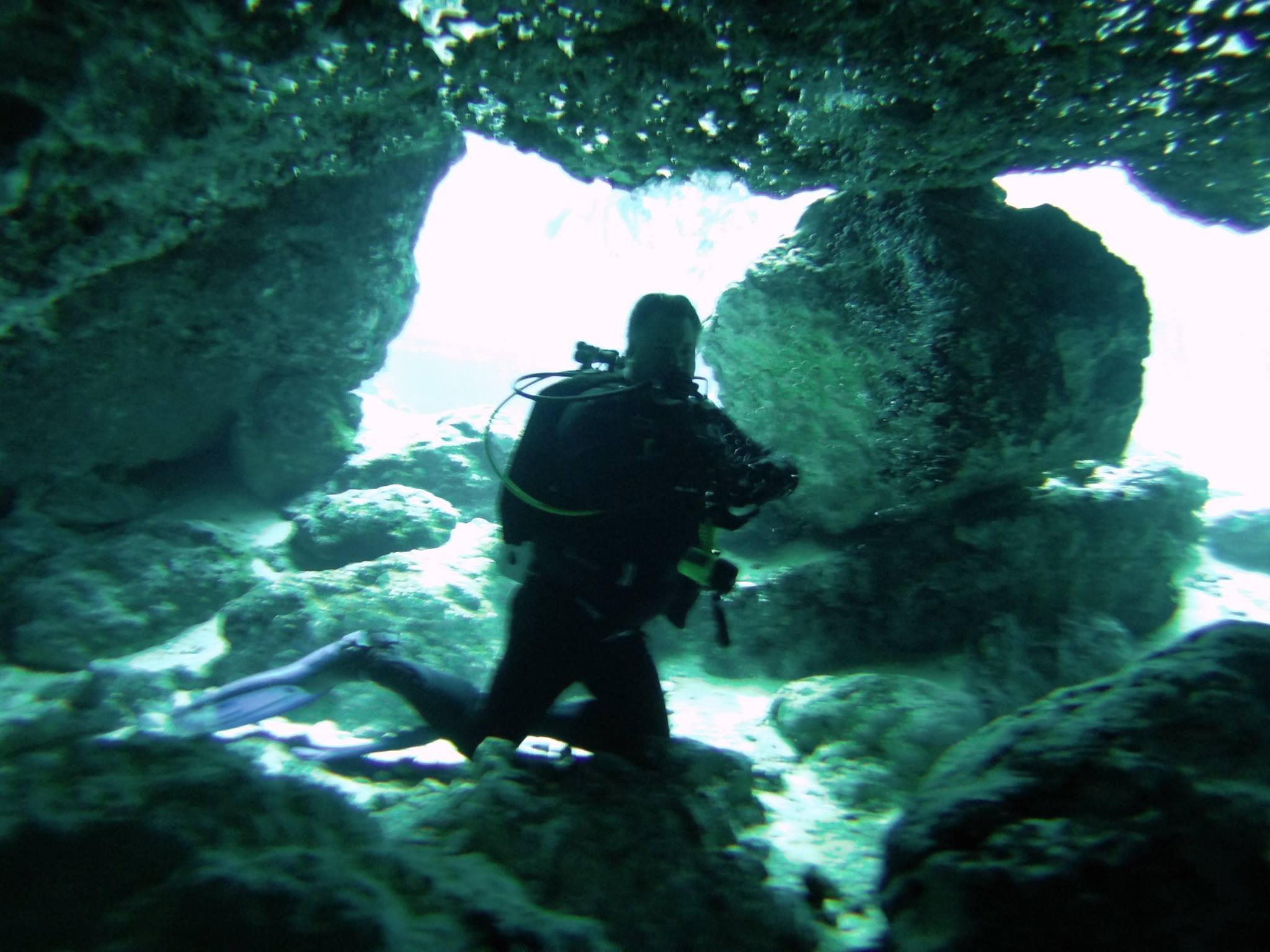 BJ Knapp author of Beside the Music scuba diving in Ginnie Spring in FL